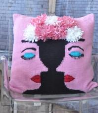 Elsa Cushion Cover Pattern
